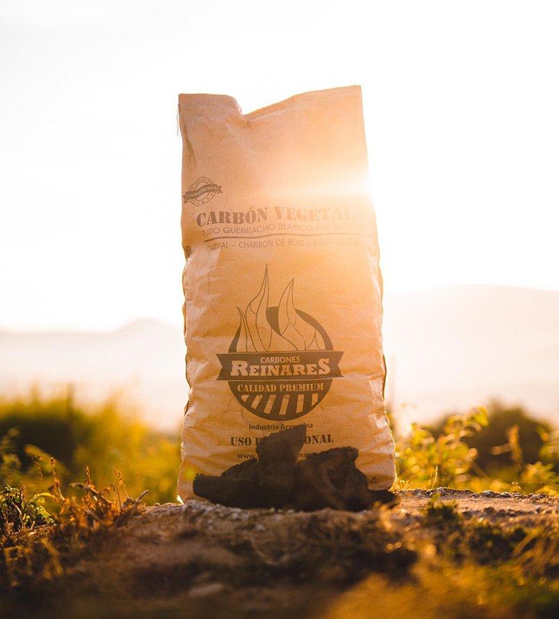 Carbón vegetal quebracho blanco calidad premium 15kg amanecer